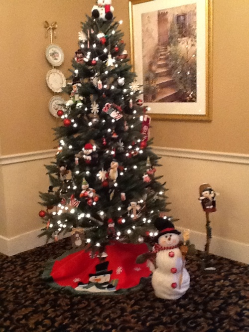 Christmas Tree in TJ Dining Room