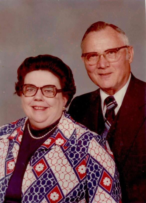 Mama & Papa (7)