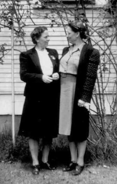 Nannie & Aunt Maimie